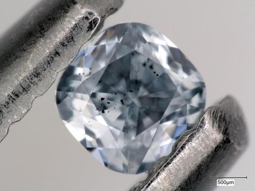 '블루 다이아몬드속에 지각-맨틀 순환 역사 들어있다1.jpg