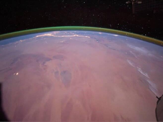 화성 대기서 산소 원자가 발산하는 녹색 빛 첫 관측1.jpg