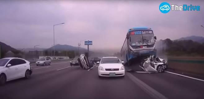 교통사망사고 절반으로 줄이는 6가지 방법1.jpg