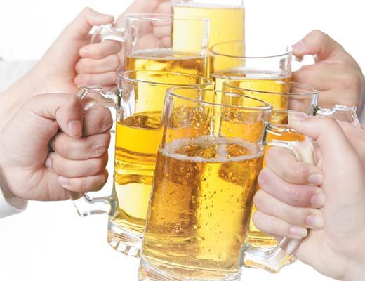 하루 술 1잔은 건강에 좋다 웬걸, 암발병률 되레 늘었다.jpg
